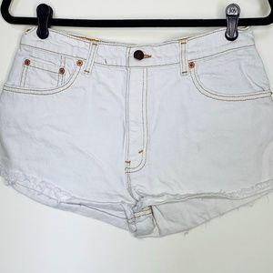 LEVI CUT OFF SHORTS denim jeans WHITE distressed